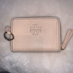 Tory Burch card/key wallet. Lt pink leather